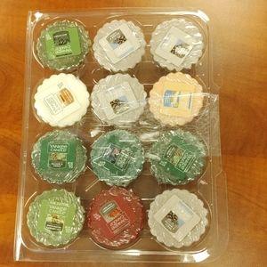 12 Yankee Candle Wax Melts (Tarts) varied scents